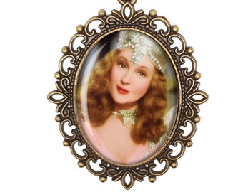 Wizard of Oz Dorothy Gale Glinda Good Witch Victorian Cameo Large or Small Handmade Bronze or Silver Necklace Jewellery