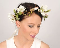 Magnolia Wedding Crown, Branch and Twig Crown, Rustic Floral Head Piece, Wedding Hair Piece, Leaf and Berry Headband, White Forest Crown