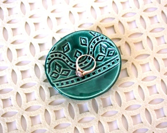 Trinket Dish - Emerald Boho Ring Holder, Jewelry Bowl with vintage stamped geometric pattern. Bridesmaids gift, shower favor, gift under 10