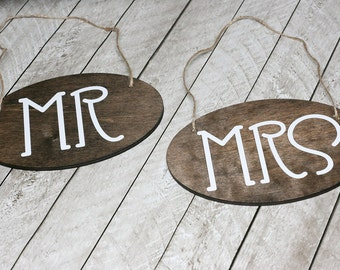 Mr and Mrs Wedding Chair Sign / Rustic Wedding Sign/ Hanging Wedding Sign