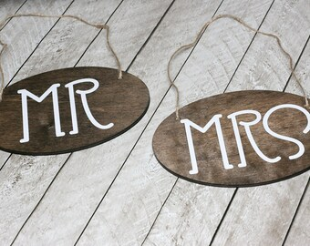 Mr & Mrs Wedding Chair Signs, Oval Shape