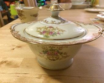 Noritake Rosebud 6002 Sugar Bowl & Lid