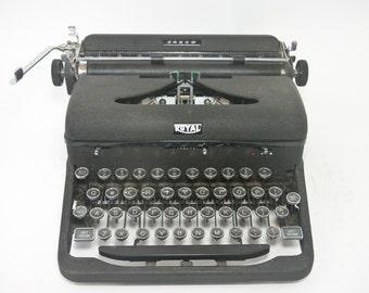 """1940's Royal Typewriter, Model """"C"""", Arrow, Antique Royal Arrow Typewriter, 1946 Royal Typewriter"""