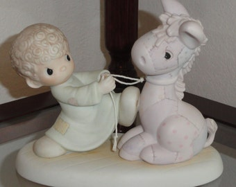 1987 PRECIOUS MOMENTS Enesco Samuel Butcher We're Pulling For You Boy Vintage Figurine