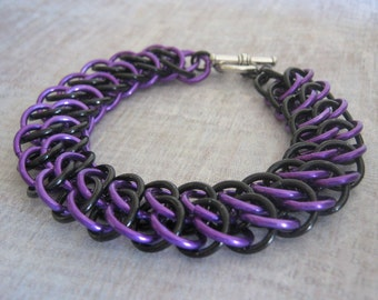 Gothica Chain Maille Bracelet Black and Purple Aluminum Jewelry