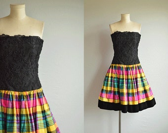 Vintage 1980s Escada Party Dress / 80s Black Lace Strapless Flounced Silk Taffeta Plaid Tiered Mini Prom Dress
