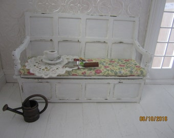 Dollhouse Miniature Settlers Bench      Free Shipping