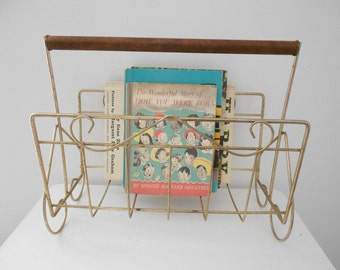 Vintage Magazine Rack - Gold Metal w/ Wooden Handle - Magazine Holder Metal
