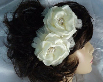 Bridal Hair Roses, Ivory Hair Flowers, Rose Bobby Pins, Set of 2, Wedding Accessories, REX15-368