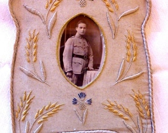 French WW1 embroided picture frame of a soldier