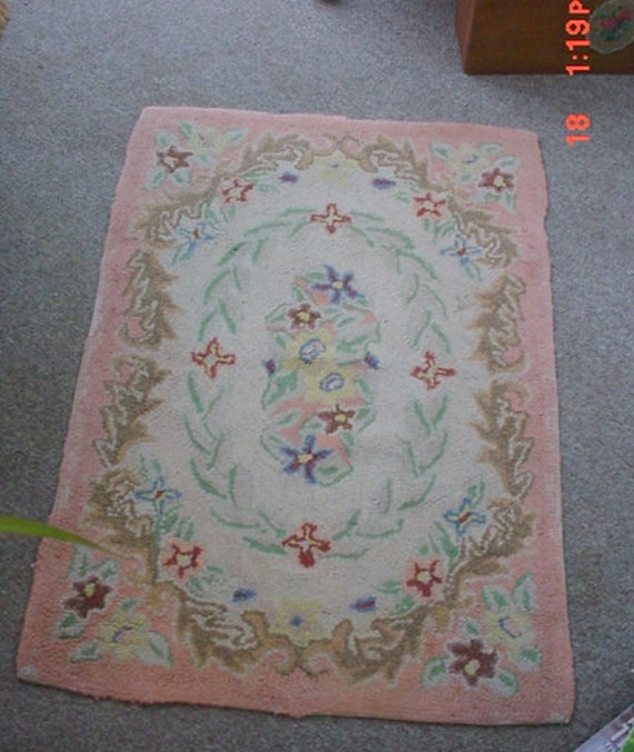 Hook Rug Florals Vintage French Country Romantic Shabby Chic