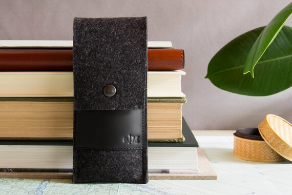 Felt and leather PEN HOLDER, sunglasses case, pencil case, charcoal and black, wool felt, handmade, made in Italy
