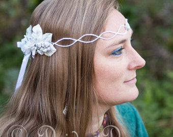 Boho Bridal Headpiece, Floral Crown, Bridal Head Wreath, Winter Hair Wreath, Flower Headdress, Elven Crown, Rustic Wedding Hair Accessories
