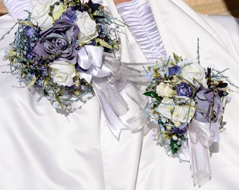 Unique Bride Round Wedding Bouquet in Blue and Ivory Roses with Blue Accents 13 Piece