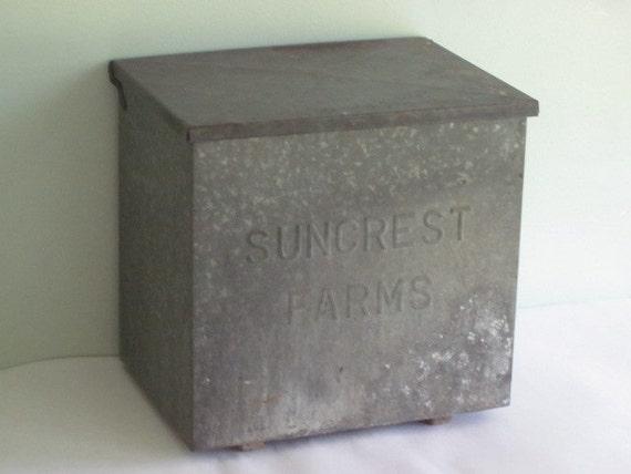 antique metal suncrest farms milk box for home delivery. Black Bedroom Furniture Sets. Home Design Ideas