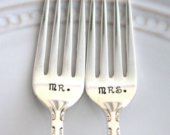 Mr and Mrs Forks Wedding Grille Forks Cake Table Setting - Mr. & Mrs. - Wedding Decor Hand Stamped Ready To Ship - EXQUISITE 1940