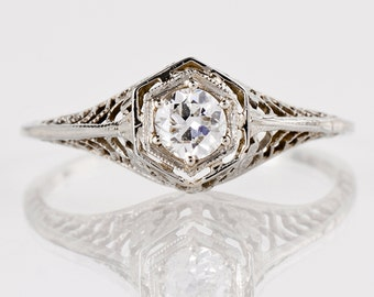 Antique Edwardian 18K White Gold Filigree Diamond Engagement Ring