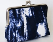 CLUTCH in navy blue  and white sarong/tie dye - SMALL