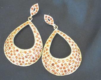 Disco teardrop golden rhinestone loop pierced earrings