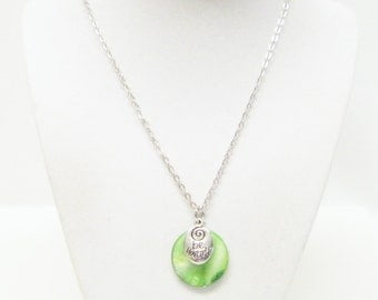 """Silver Plated """"be yourself"""" w/Green Disc Bead Pendant Necklace"""