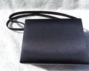 Small navy clutch purse/two handles/square shape/ fully fabric lined in navy