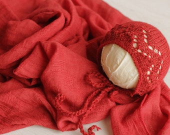 READY to SHIP Newborn baby wrap Newborn photography prop Textured baby wrap lace bonnet set Newborn photo prop Red newborn set Ready to ship