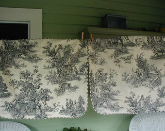 Vintage Toile Pillow Shams, Black and White, Countryside Scenes, Standard Bed Size, Unused, Pair of Shams