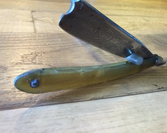 """Almost 8/8"""" very nice Wade and Butcher Straight Razor with Horn Scales"""