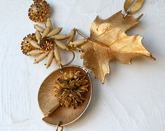 Vintage Golden Amber Glass Rhinestone Statement Brooch Modernist Chain Necklace