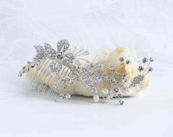 LILLY Hair comb, Bridal hair comb, Crystal Bridal Comb, Wedding hair accessories, Bridal Headpieces, Rhinestones Bridal Head piece