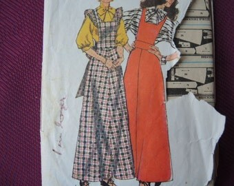 vintage 1970s simplicity sewing pattern 5245 misses blouse and jumper size 12