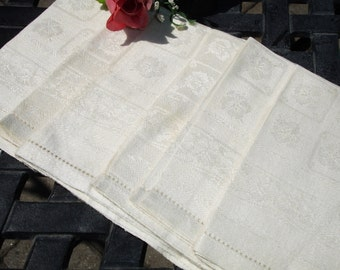 Damask Linen Napkins, 1940s dining, set of six, Six linen napkins, Hemstitching, Vintage dining linens, Downton Abbey, Elegant dining,