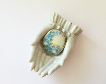 Vintage Hand Painted Porcelain Brooch Blue White Lilac Flowers, Handpainted Brooch, Forget-Me-Not Porcelain Pin