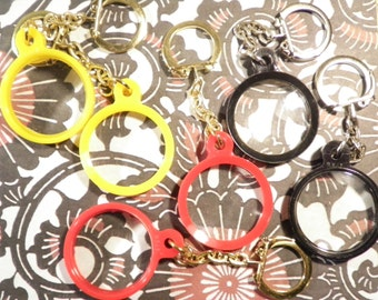 6 Assorted Colors Magnifying Key Chains