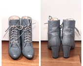 Size 8 Gray Leather Lace Up Boots Heeled Ankle Booties Vintage 1980s Exotic Skin Victorian Style Lace-Up Booties Textured Leather Ankle Boot