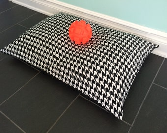 Black Pet Bed Cover, Houndstooth Pet Bed, Large Dog Bed, Black and white Pet Bed