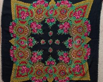 SALE Vintage Black russian shawl platok, ukrainian old scarf. Granny's shawl. Colorful shawl for needlework Folk chale russe Ethnic Babushka