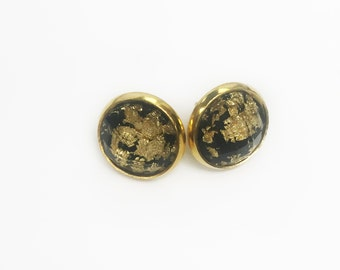 gold foil stone studs//black