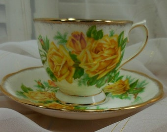 Tea Rose, Royal Albert, Made in England, Yellow Roses, Cup and Saucer, Bone China, Gilding