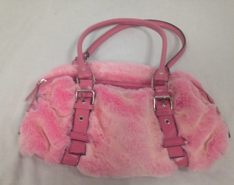 baby pink furry fuzzy purse