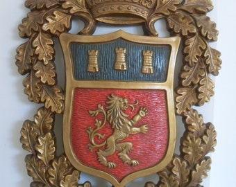 Vintage Mid Century HOMCO Coat of Arms Wall Hanging