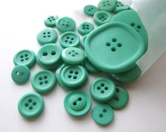 Pure Emerald Green Button Stash