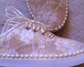 Lace Painted Sneakers With Pearl Trim