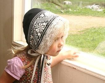 Black and White Baby Bonnet -- Bambino Bonnet -- toddler bonnet. photo prop. girl shower gift. Cross-stitch Cotton bonnet. baby girl. infant