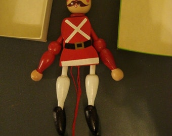 SALE 30 Vintage Puppet German Pantin Toy Beefeater