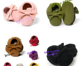 Baby soft sole prewalker suede mocassins with bow and tassels