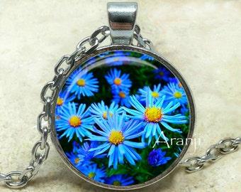 Blue daisy art pendant, blue daisy necklace, daisy necklace, blue flower necklace, daisy jewelry, blue flower pendant, Pendant #PL131P