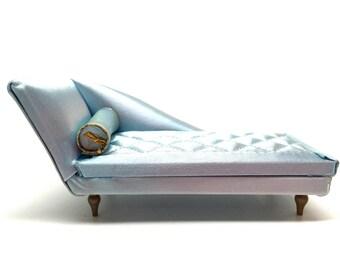 chaise longue etsy. Black Bedroom Furniture Sets. Home Design Ideas