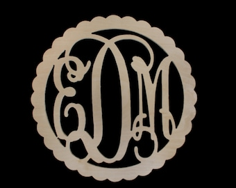 Scallop Frame Wooden Monogram, Large wooden monogram, wooden monogram nursery decor, college dorm decor, personalized baby shower gift,