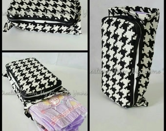 Black and white houndstooth wipe/diaper combo travel case